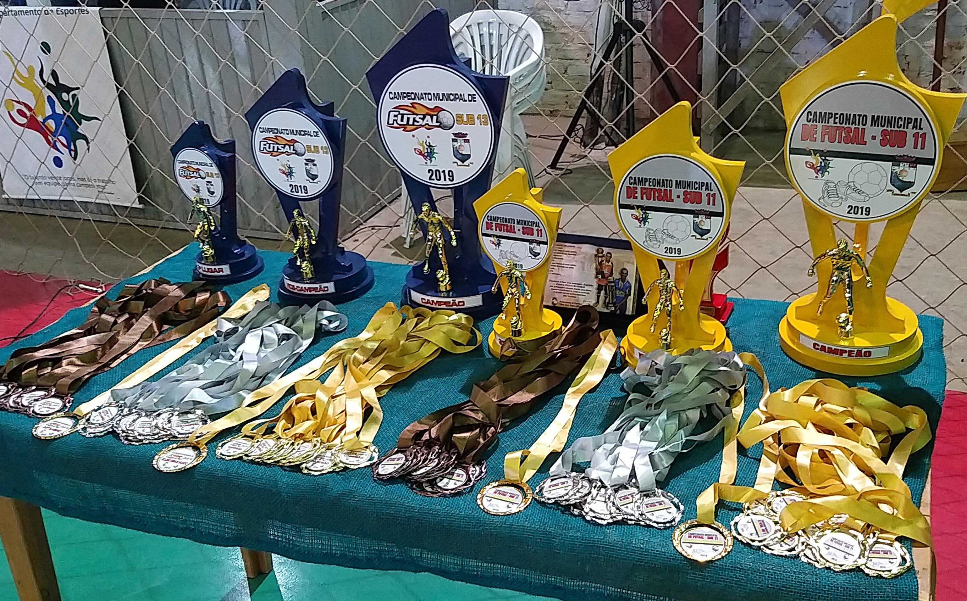 Foto de capa da notícia Q'Bonita/Mercado Sol Nascente é Campeão do Futsal Empregado/Empregador