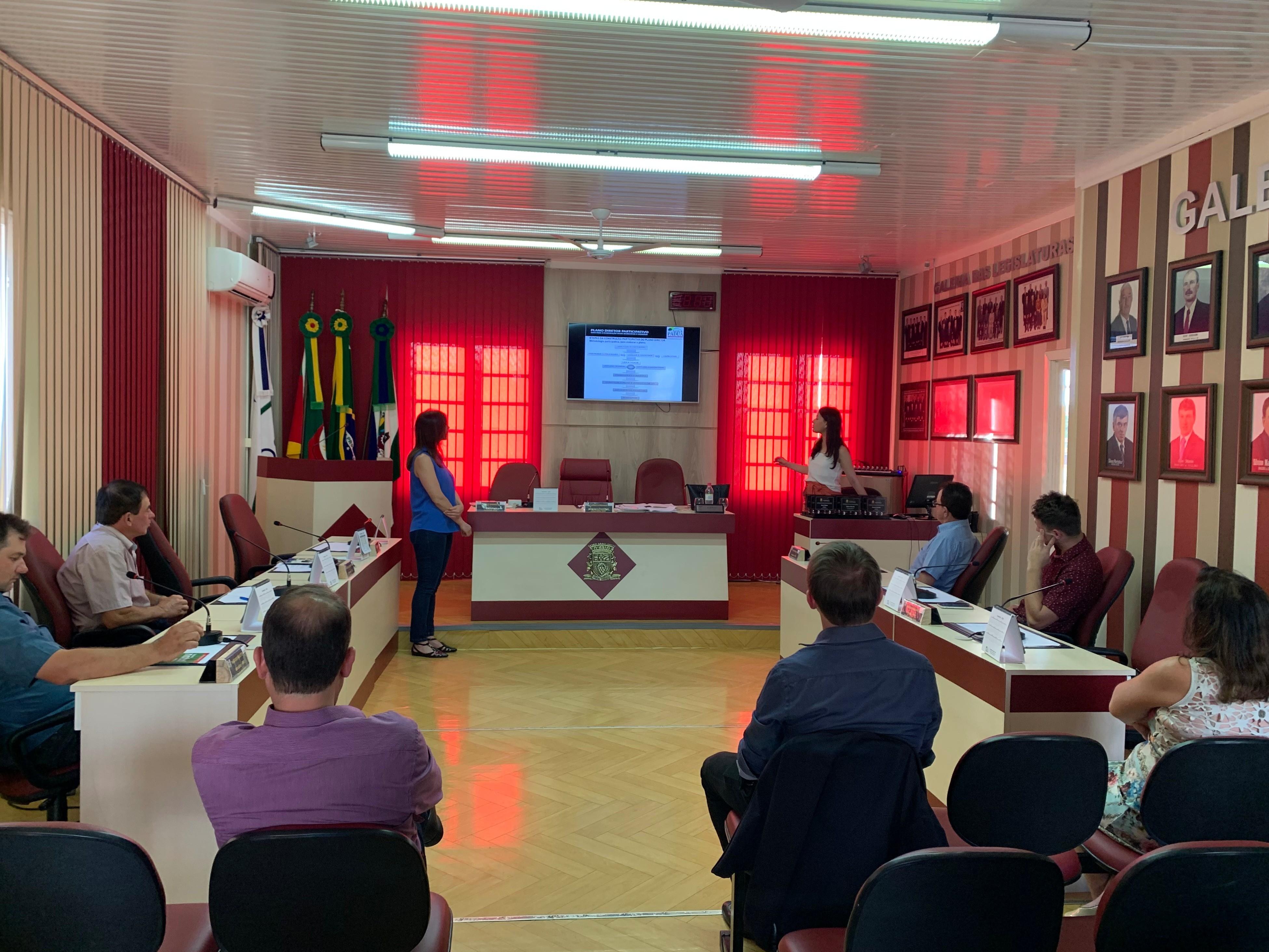 Foto de capa da notícia Câmara aprova revisão do Plano Diretor Participativo do município de Nova Pádua