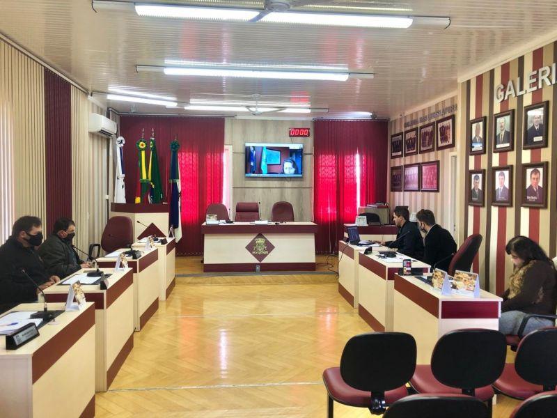 Foto de capa da notícia Vereadores realizam webconferência com Coordenadora da 4ª CRE