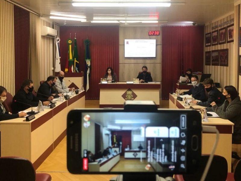 Foto de capa da notícia Pela primeira vez em sua história, Câmara transmite sessão ao vivo!