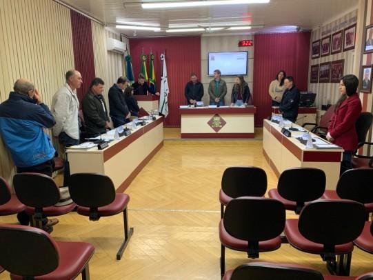 Foto de capa da notícia: Câmara de Vereadores recebe o Projeto da LDO 2020