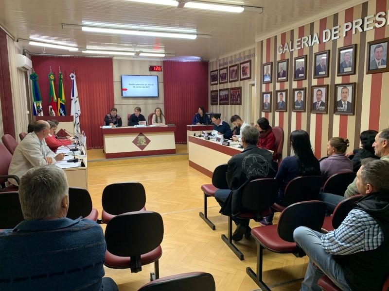 Foto de capa da notícia Câmara realiza sessão ordinária, com a presença de pais e dos CPM das escolas paduenses