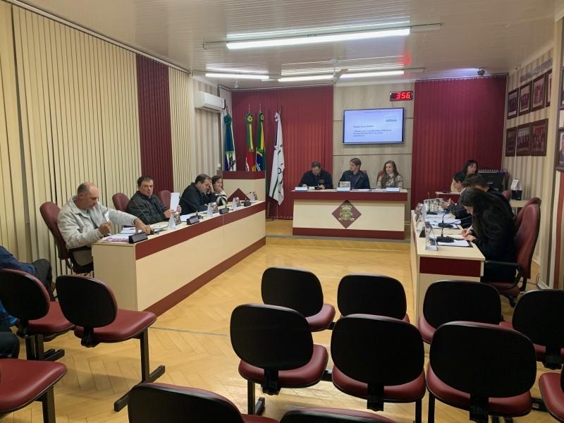 Foto de capa da notícia Câmara de Nova Pádua recebe importantes Projetos de Leis