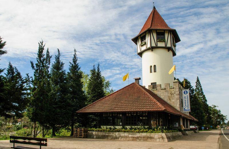 Foto Prefeitura de Nova Petrópolis abre licitação para revitalização da Torre de Informações Turísticas