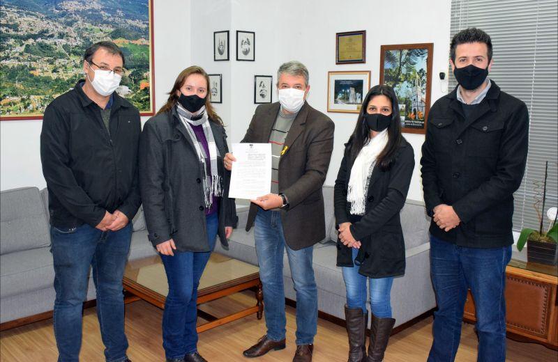 Foto Prefeitura de Nova Petrópolis e Sindicato firmam parceria para o Festival Sabores da Colônia