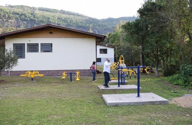 Academia de saúde ao ar livre na localidade de Linha Pirajá - Crédito das fotos: Jordana Kiekow | Comunicação PMNP