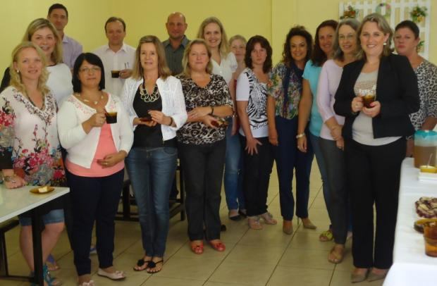 Diretorias das escolas marcaram presença na reunião