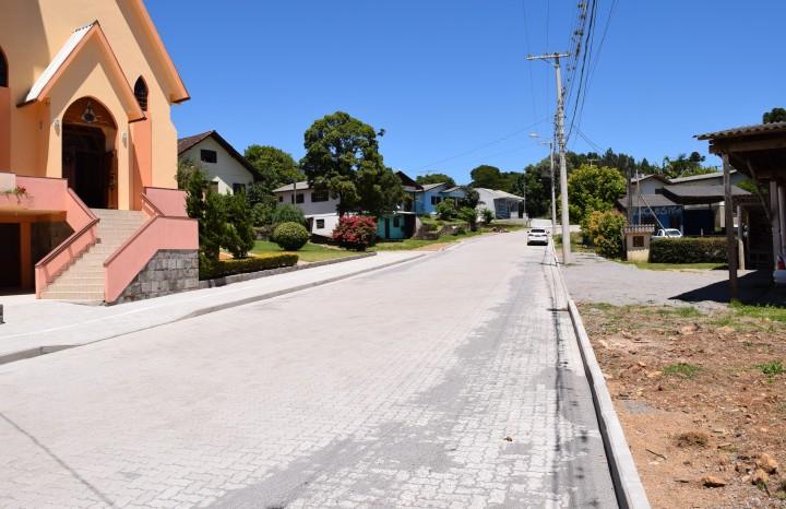 Alargamento e Pavimentação Rua Augusto Ackermann, no Bairro Vale Verde - Crédito das fotos: Jordana Kiekow | Comunicação PMNP