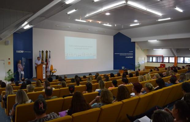 Abertura oficial do ano letivo 2020 reúne cerca de 200 profissionais de educação - Crédito das fotos: Jordana Kiekow | Comunicação PMNP