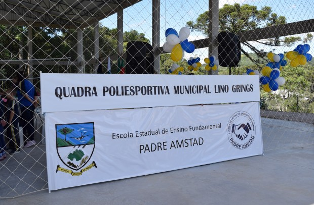 Placa da Quadra Poliesportiva Municipal Lino Grings - Crédito das fotos: Jordana Kiekow | Comunicação PMNP