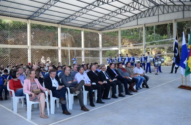 Público na Inauguração da 1ª etapa da obra da Quadra Poliesportiva Municipal Lino Grings - Crédito das fotos: Jordana Kiekow | Comunicação PMNP