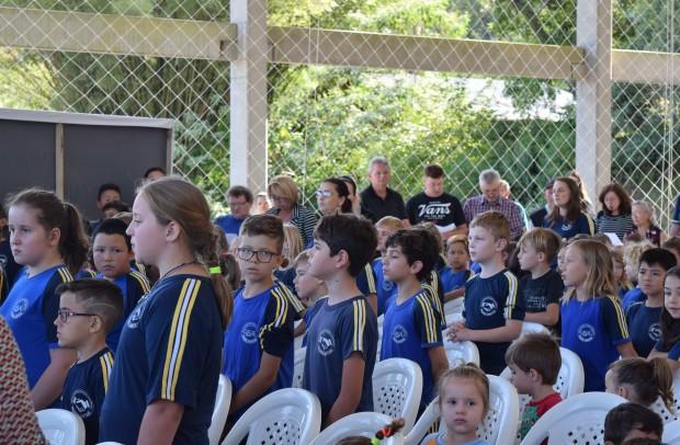 Alunos das Escola Estadual de Ensino Fundamental Padre Amstad - Crédito das fotos: Jordana Kiekow | Comunicação PMNP