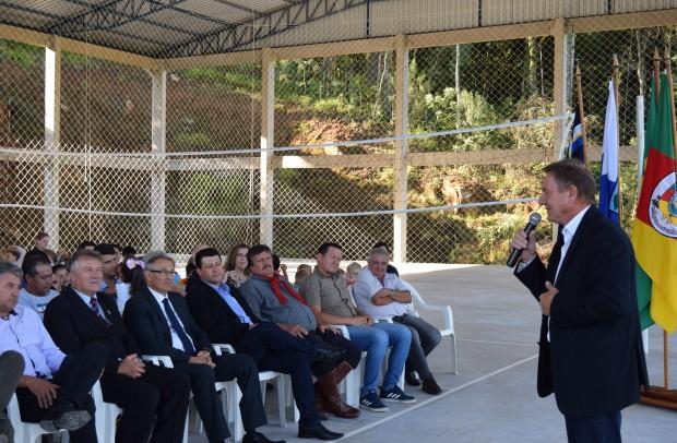 Representante do ex-deputado Federal e atual prefeito de Porto Alegre, Nelson Marchezan Júnior, Luiz Irineu Schenkel, deixou sua mensagem na ocasião - Crédito das fotos: Jordana Kiekow | Comunicação PMNP
