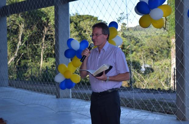 Representante da equipe ecumênica, pastor Elton Rein, deixou sua mensagem na ocasião - Crédito das fotos: Jordana Kiekow | Comunicação PMNP