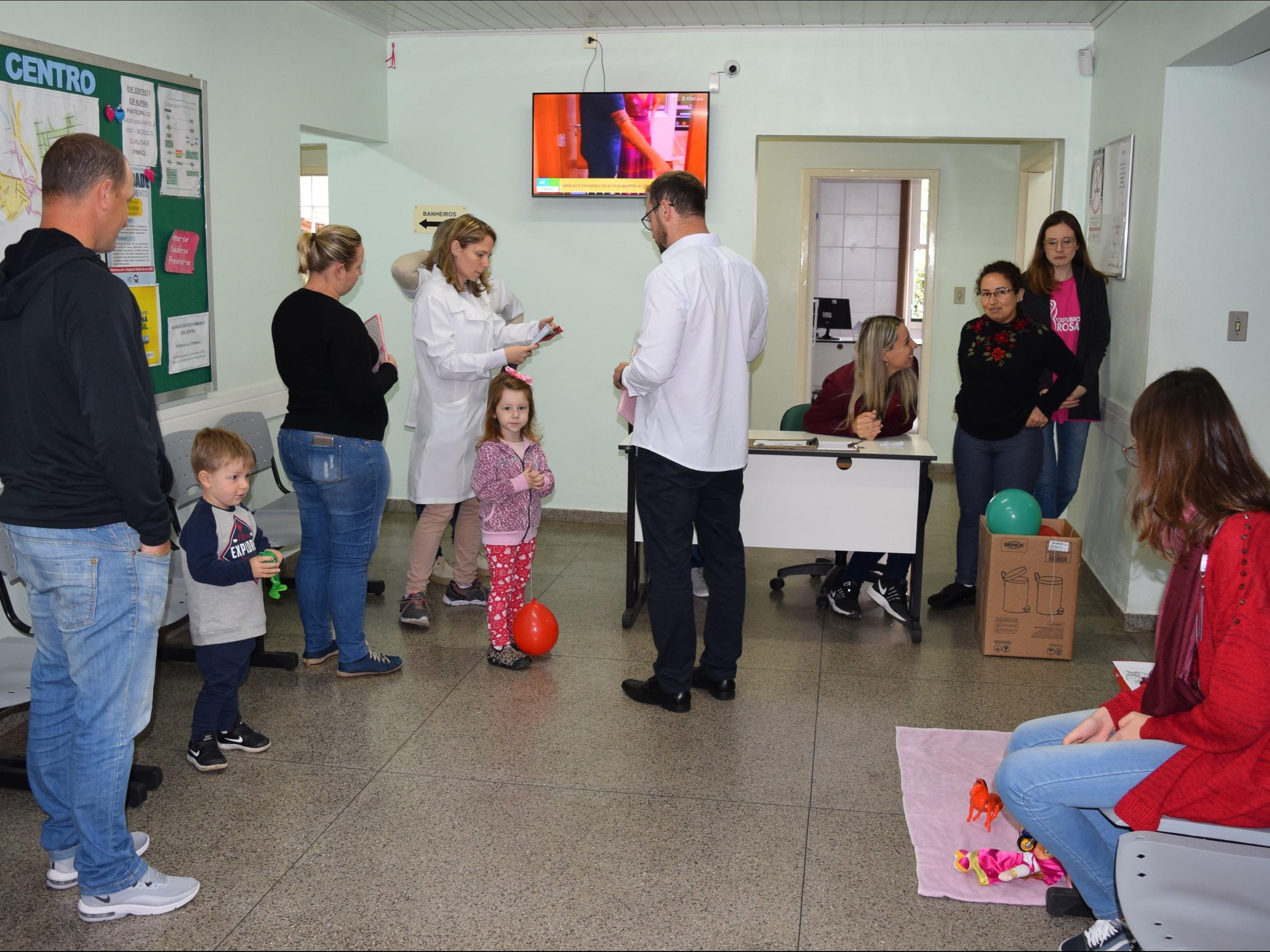 Foto de capa da notícia: Dia D de Vacinação contra o Sarampo movimentou Nova Petrópolis