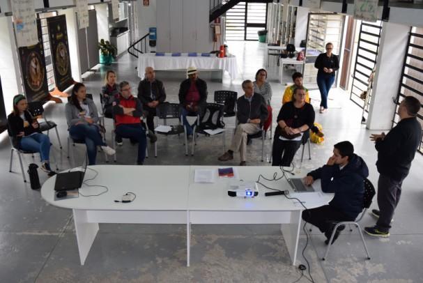 Foto de capa da notícia: Nova Petrópolis realiza encontro com integrantes da IOV Brasil