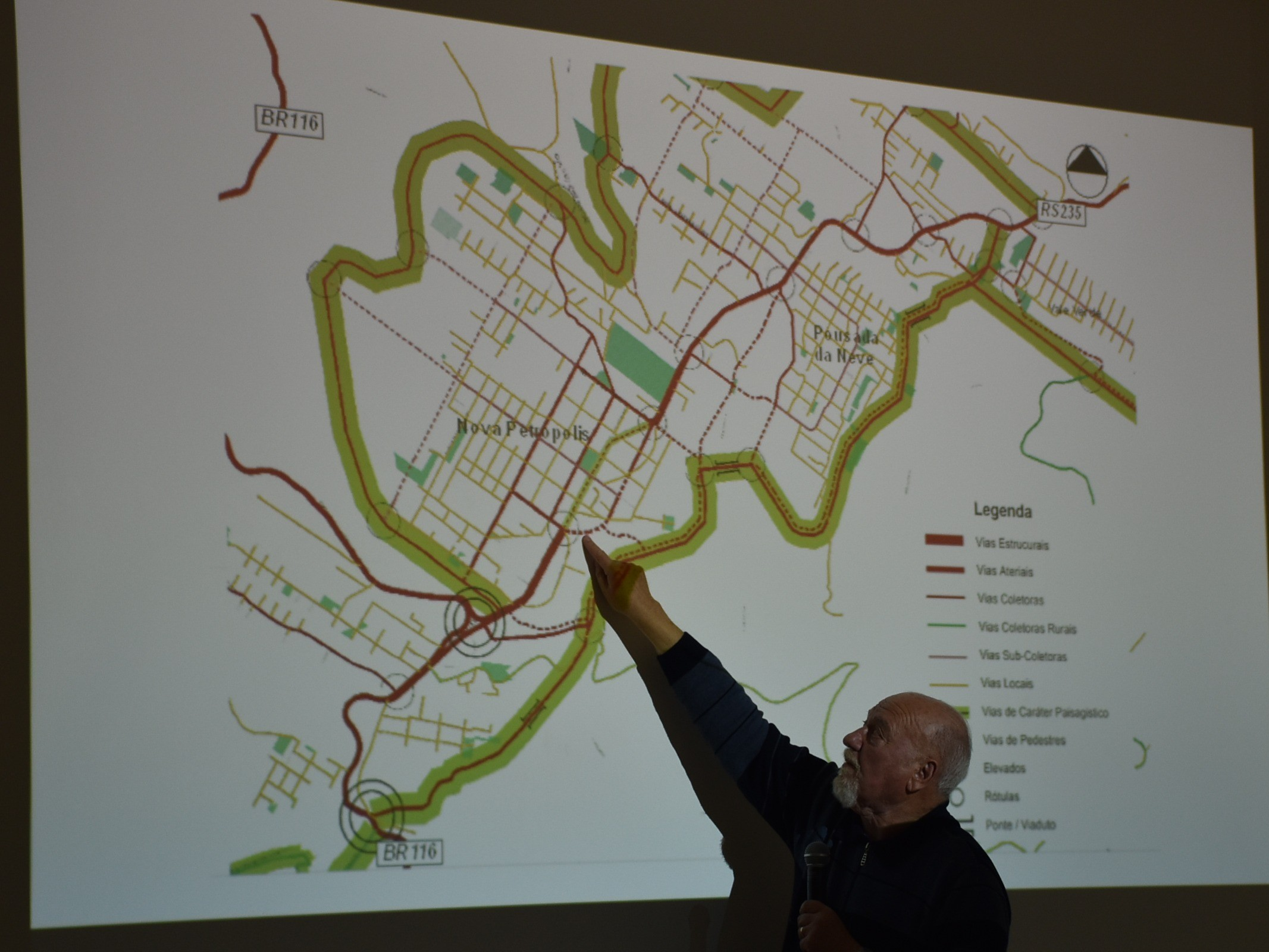 Foto de capa da notícia: Comunidade pode sugerir alterações na Agenda Estratégica e no Plano de Mobilidade Urbana até 15 de novembro