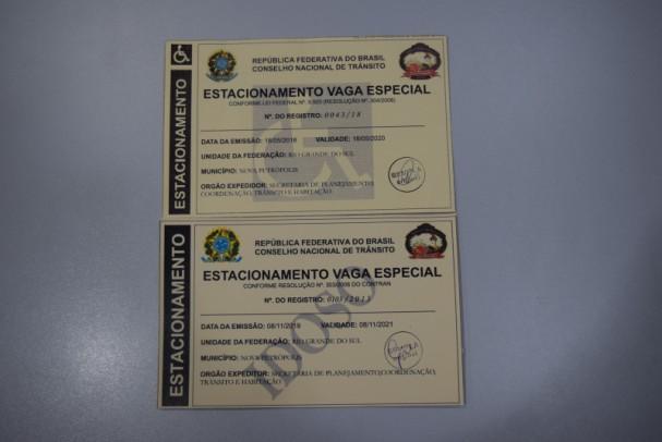 Foto de capa da notícia: Idosos e Portadores de Necessidades Especiais podem retirar o Cartão do Estacionamento na Prefeitura de Nova Petrópolis