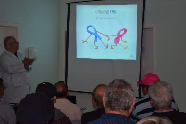 Foto de capa da notícia: Novembro Azul mobiliza comunidade em palestra na UBS Centro