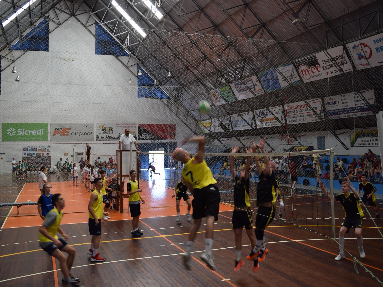 Foto de capa da notícia: 13ª Olimpíada Escolar Professor Geraldo Kolb ocorre nesta semana em Nova Petrópolis