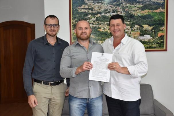Foto de capa da notícia: Assinado acordo de cooperação para realização do 10º Encontro de Motos de Nova Petrópolis
