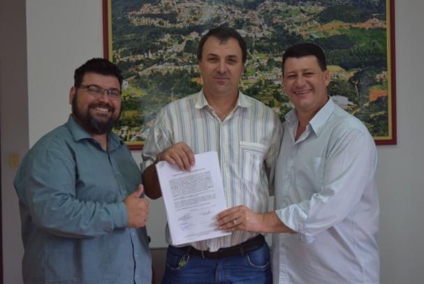 Foto de capa da notícia: Nova Petrópolis investe R$ 140 mil na agricultura