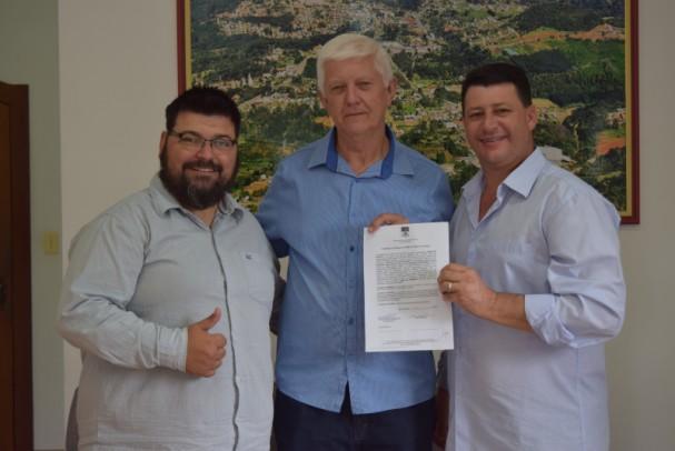 Foto de capa da notícia: Nova Petrópolis investe em melhoria genética de bovinos