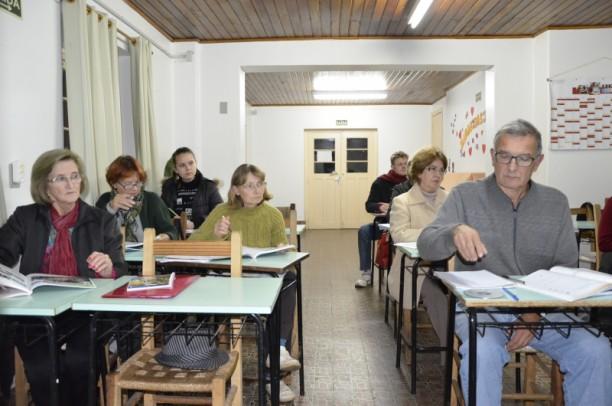 Foto de capa da notícia: Mais de 100 inscritos para o curso gratuito de Cultura e Língua Alemã