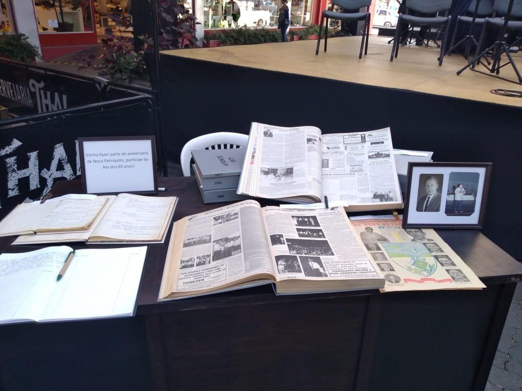 Foto de capa da notícia: 600 artigos do historiador Renato Urbano Seibt são digitalizados
