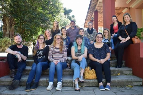 Foto de capa da notícia: Departamento de Cultura reúne guias do Festival Internacional de Folclore