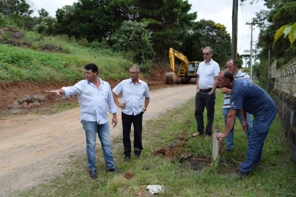 Foto de capa da notícia: Secretaria de Obras e Serviços Públicos realiza melhorias em Nova Petrópolis