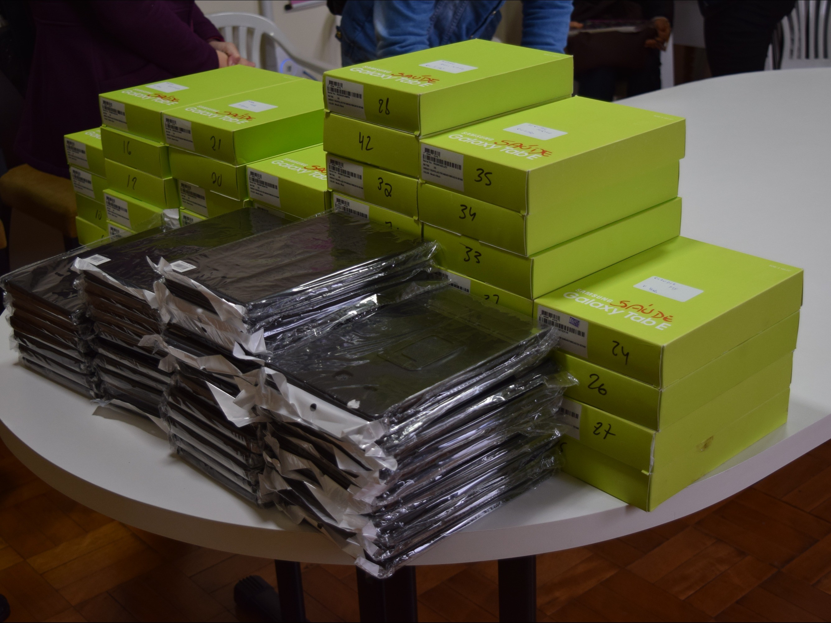 Foto de capa da notícia: Agentes comunitários de saúde de Nova Petrópolis recebem mais de 40 tablets