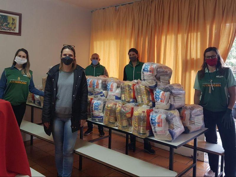 Foto de capa da notícia: Nova Petrópolis recebe doações de alimentos e máscaras