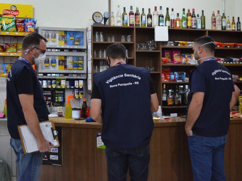 Foto de capa da notícia: Fiscalização Municipal está atuante em Nova Petrópolis