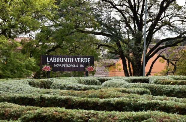 Foto de capa da notícia: Labirinto Verde de Nova Petrópolis receberá calçamento na parte interna