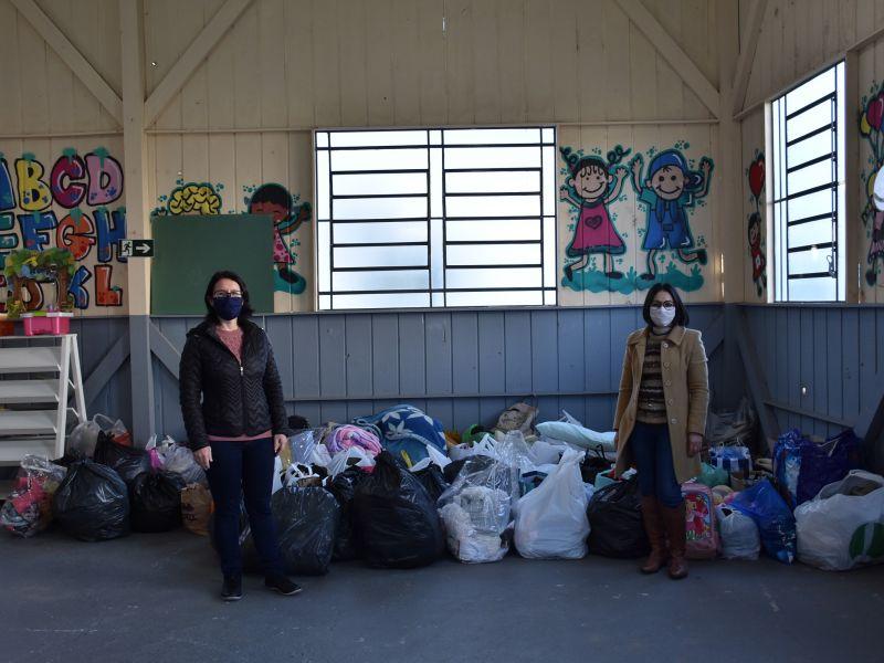 Foto de capa da notícia: CRAS de Nova Petrópolis recebe doações na Campanha do Agasalho 2020