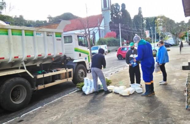 Foto de capa da notícia: Nova Petrópolis recolhe mais de 3 mil embalagens de agrotóxicos em campanha