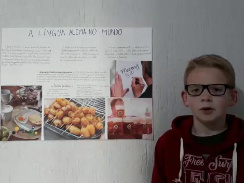 Foto de capa da notícia: Escola desafia alunos a pesquisarem sobre a língua alemã no mundo