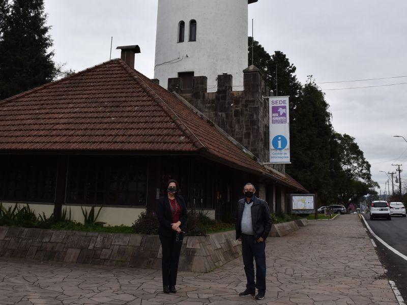 Foto de capa da notícia: Torre de Informações Turísticas de Nova Petrópolis está em obras para melhorias na estrutura