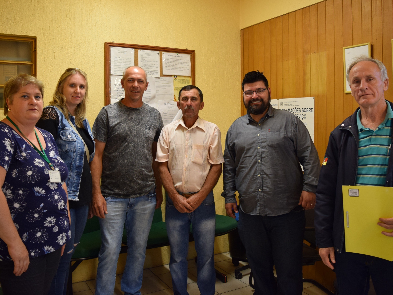 Foto de capa da notícia: Associação do Conselho Distrital do Vale do Caí recebe crédito fixo do Feaper