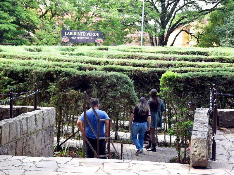 Foto de capa da notícia: Labirinto Verde e Ninho das Águias são abertos ao público