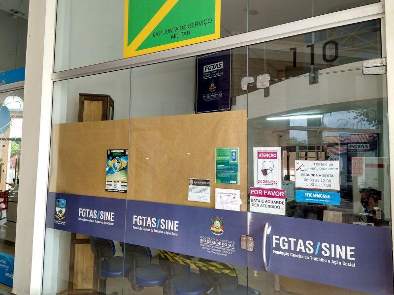 Foto de capa da notícia: Mais de 40 munícipes podem retirar carteiras de identidade prontas na agência do Sine