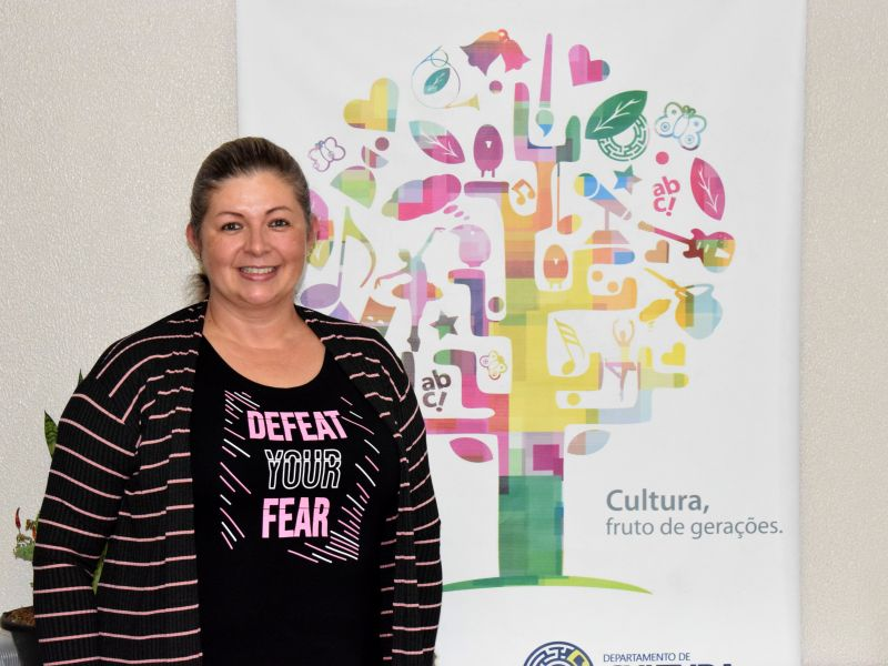 Foto de capa da notícia: Cândida Maldaner assume a vice-presidência da Amserra Cultura