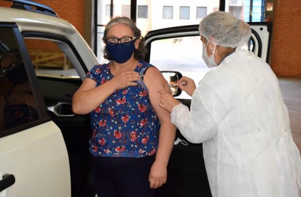 Foto de capa da notícia: Vacinação de idosos tem sequência em Nova Petrópolis nesta terça-feira, dia 4