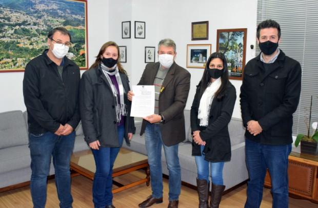 Foto de capa da notícia: Prefeitura Nova Petrópolis e Sindicato firmam parceria para o Festival Sabores da Colônia