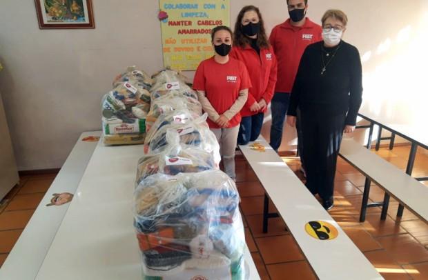 Foto de capa da notícia: Cras de Nova Petrópolis recebe doação de alimentos da RBT Internet
