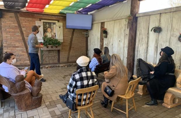 Foto de capa da notícia: Nova Petrópolis realiza nova rodada de divulgação com influenciadoras digitais