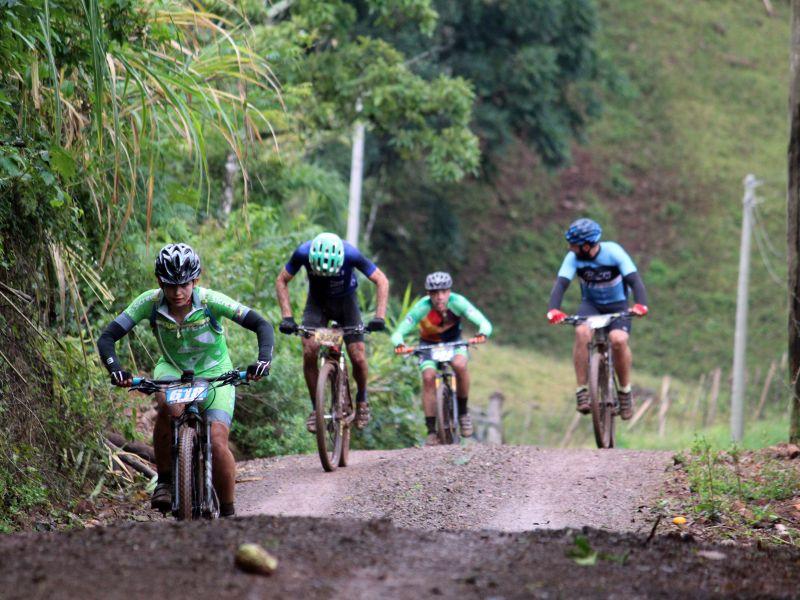 Foto de capa da notícia: Maratona de Nova Petrópolis de Mountain Bike reúne 220 ciclistas