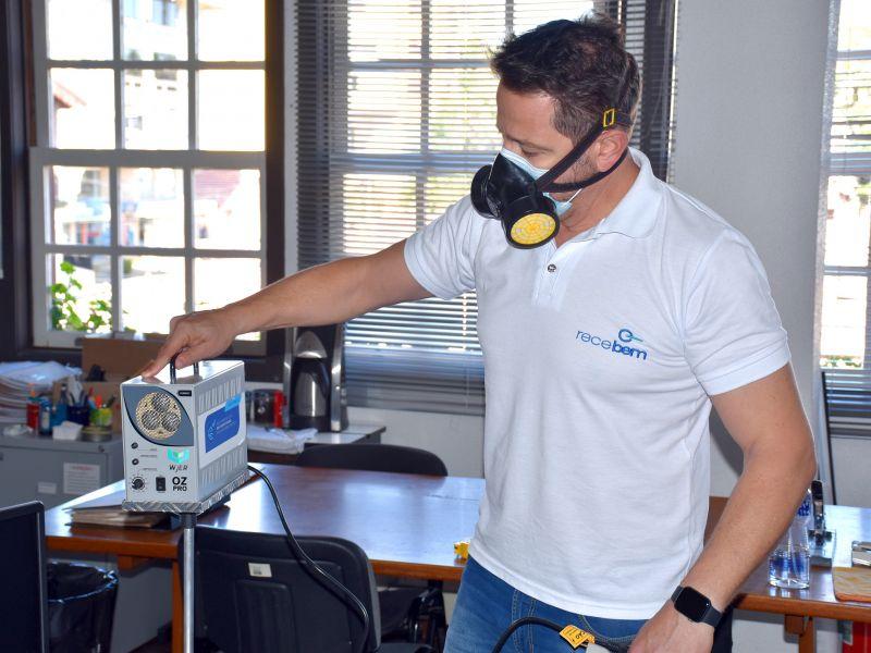 Foto de capa da notícia: Sede administrativa da Prefeitura de Nova Petrópolis passa por oxi-sanitização