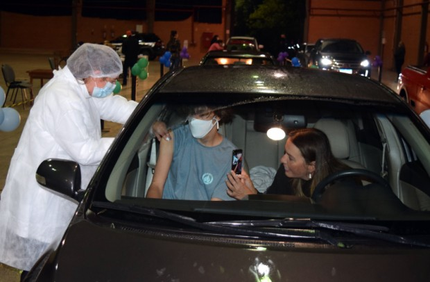 Foto de capa da notícia: Nova Petrópolis atinge 74% da população com primeira dose da vacina contra a Covid-19